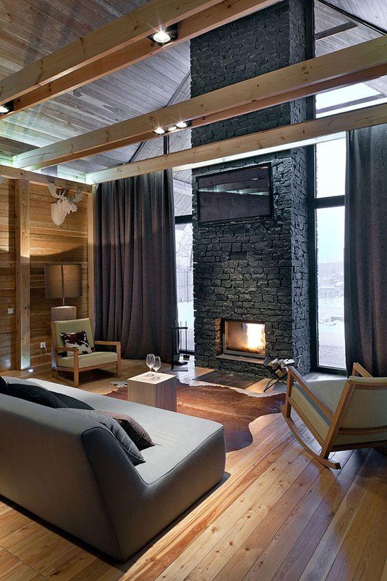 Строгий интерьер гостиной где все продуманно до мелочей