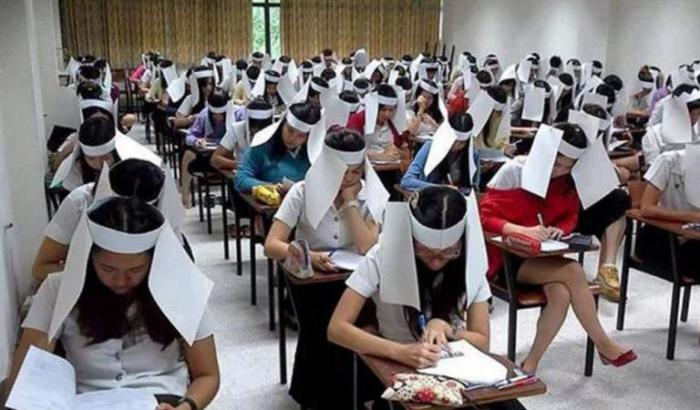 Суровые правила на экзаменах в Китае