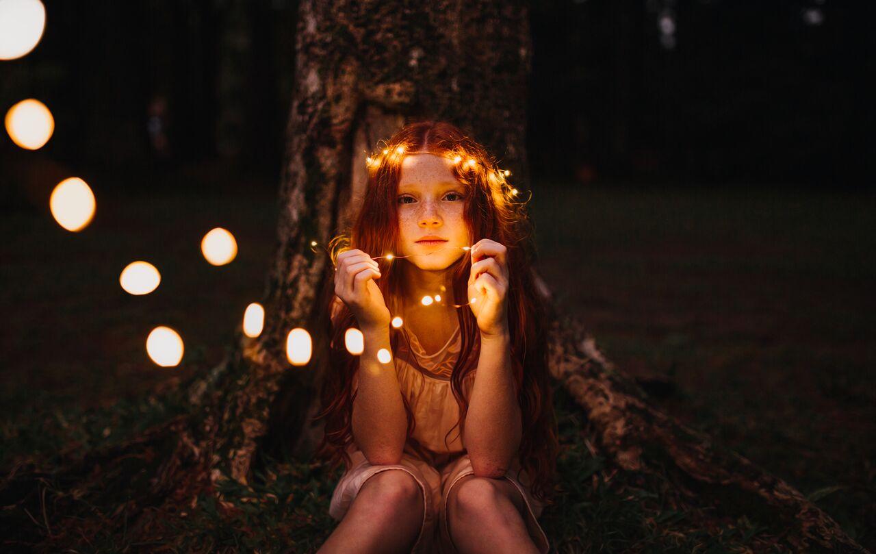 Дети, которые излучают свет изнутри