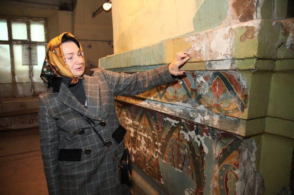 Фрагменты росписи мастеров знаменитой иконописной школы обнаружили реставраторы в СВАО