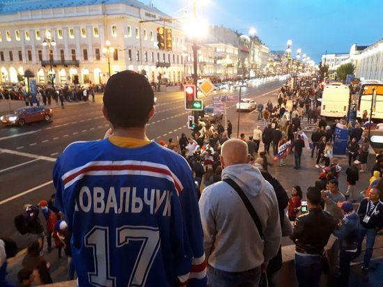 В Петербурге воцарилось форм…