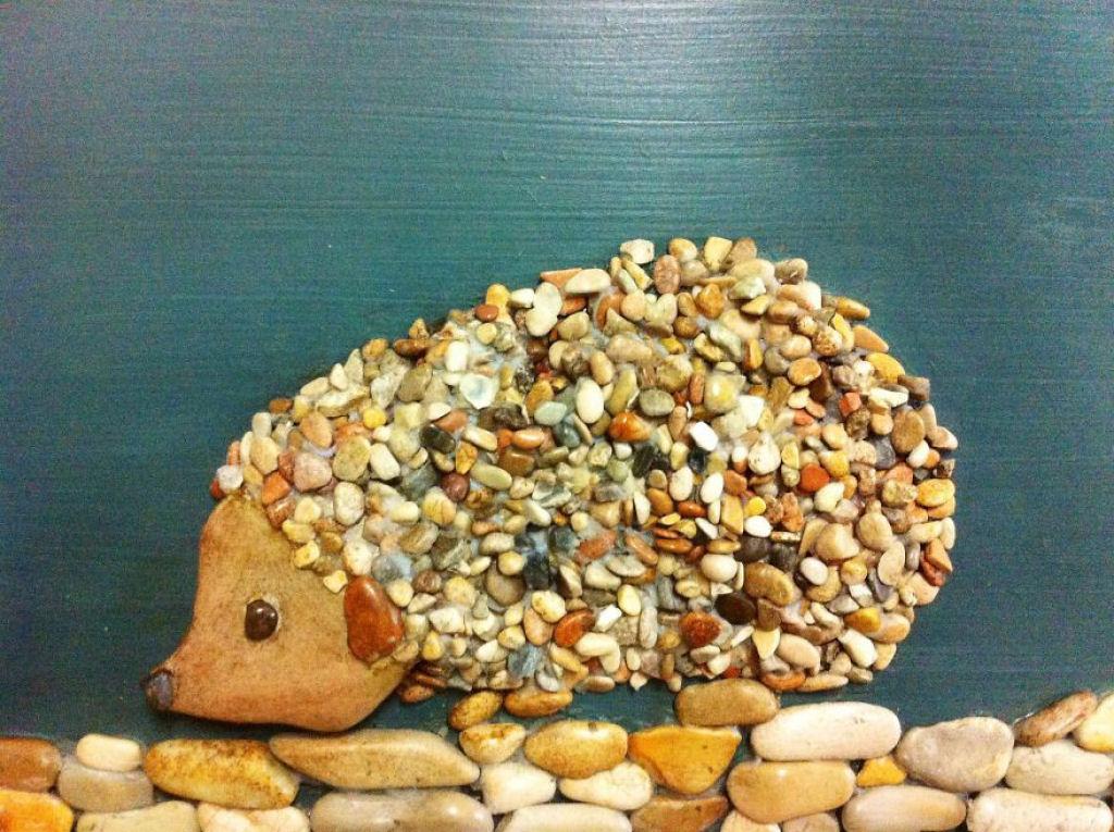поделка с крупными камнями окружающий мир самый больной