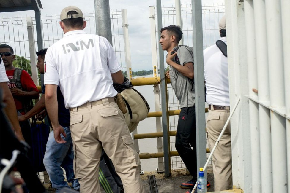 Мигранты в фотографиях
