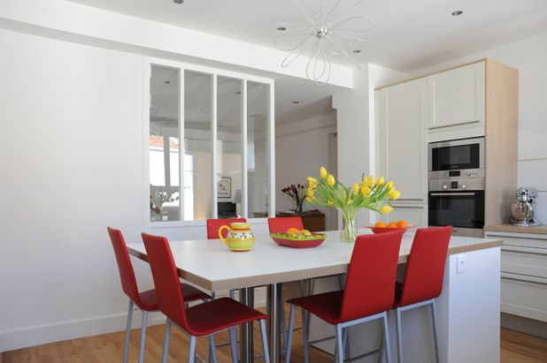 Современный Кухня by Sylvain Perillat Architecte