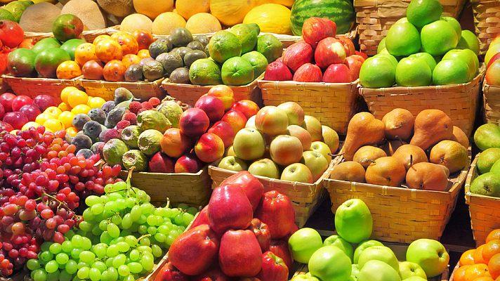 Как выбрать вкусные и полезные овощи и фрукты