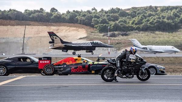 Болид Ф1, истребитель, спорткары и электромобиль: кто быстрее? Результат вас удивит!