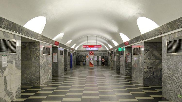 За оставленные в петербургском метро вещи не будут штрафовать