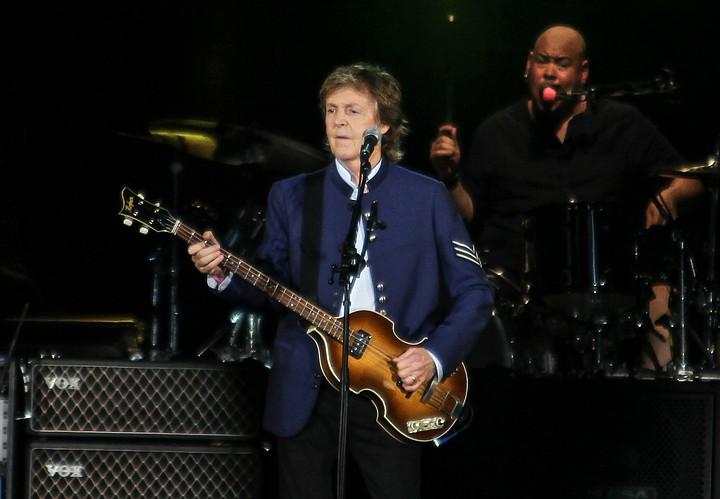 Пол Маккартни объявил о выходе сольного альбома и выпустил две песни
