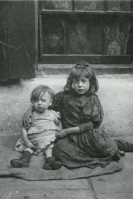 Один из портретов Горация Уорнера о самых бедных детях Лондона в начале 1900-х годов. история, ретро, фото