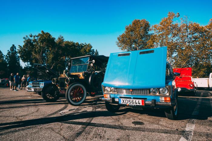 Откуда в Америке берутся советские автомобили