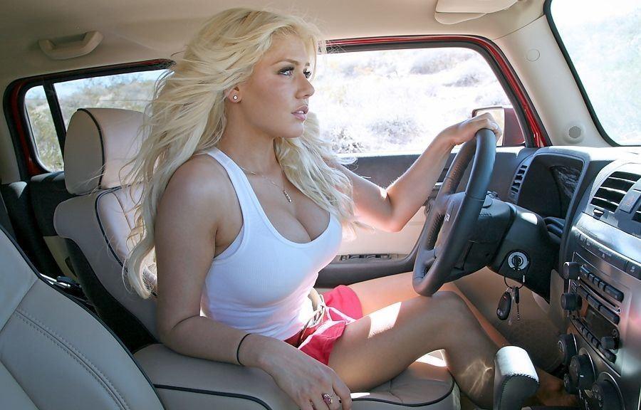 Анекдот из жизни))) Блондинка на инфинити. Три дня не сплю — ржу, всем пацанам рассказал, все просто валяются