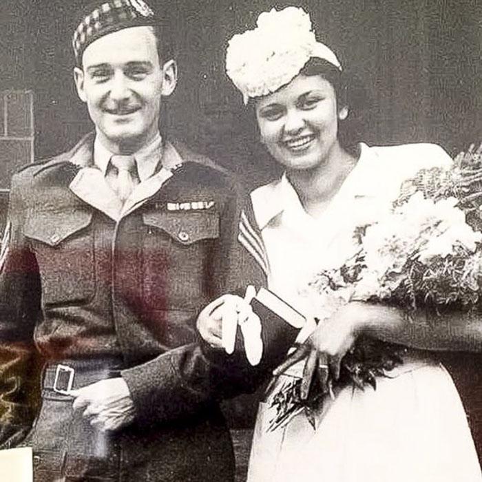 Солдат спас узниц холокоста и прожил с одной из них 71 год