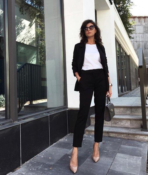 Стильную женщину видно издалека: 9 фишек элегантности