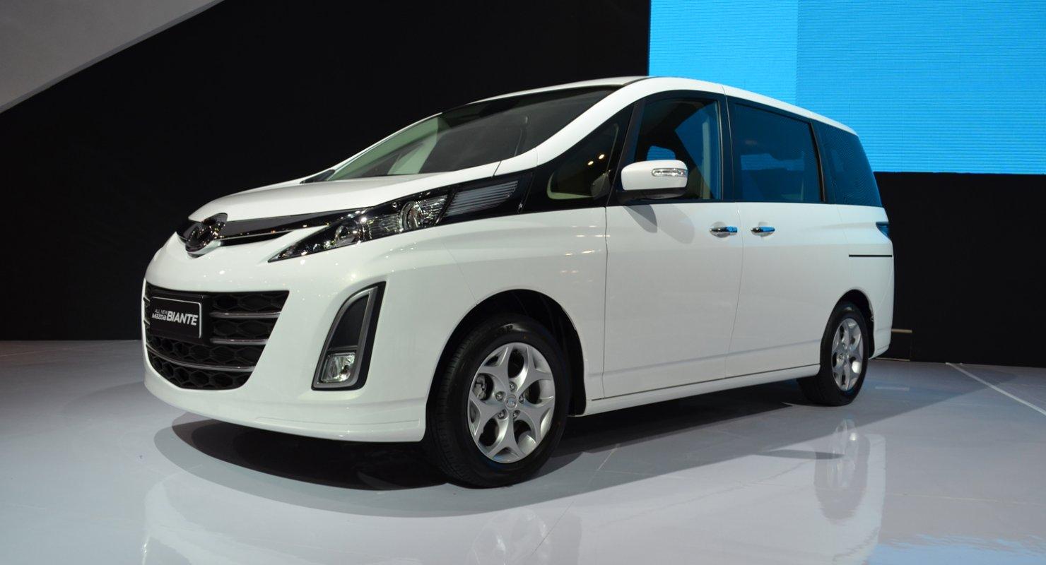 Восьмиместный минивэн Mazda Biante Автомобили