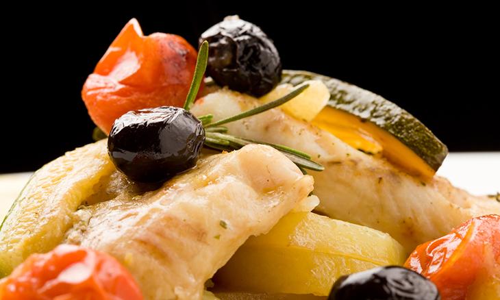 Яйца, рыба: оказывается, в чугунной сковороде можно готовить не все продукты