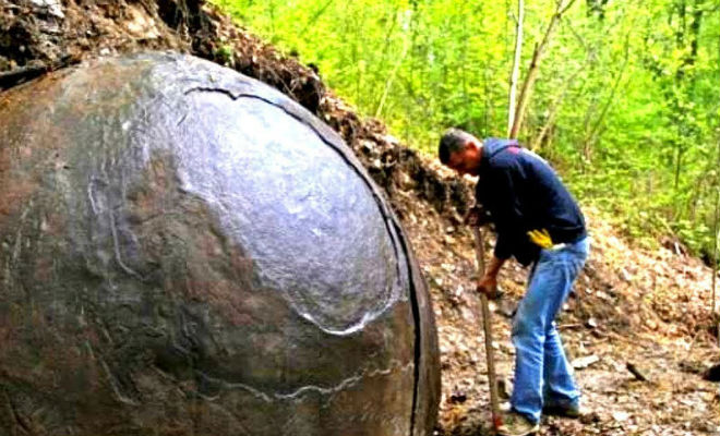 Цивилизация Сибири: в доисторическом склепе нашли следы неопознанной культуры артефакты,археология,наука,находка,Пространство,сибирь,экспедиция