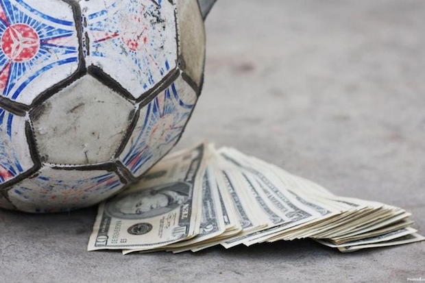 Наш профессиональный спорт – это деньги на ветер и пир во время чумы