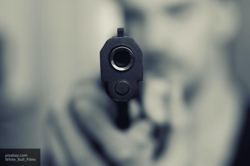 Неизвестный открыл стрельбу по прохожему в центре Тулы