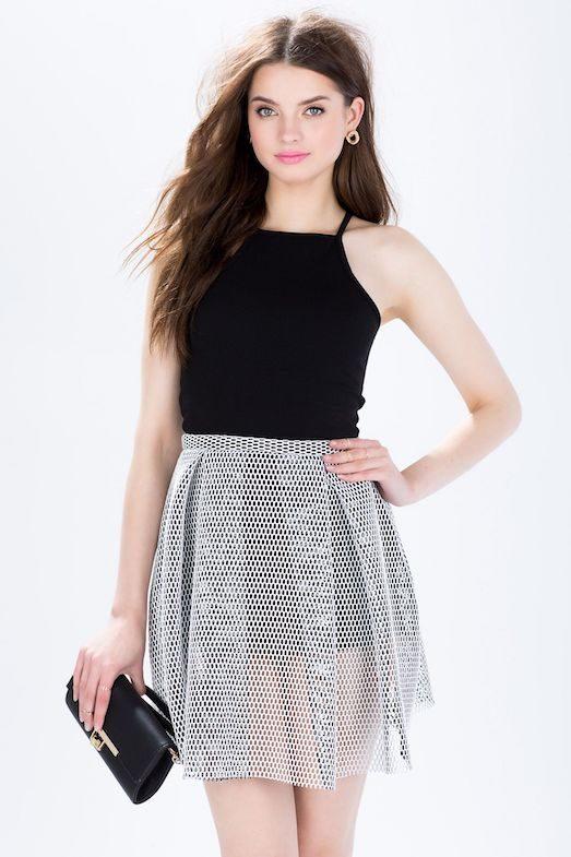 Голые юбки: кому и как носить?
