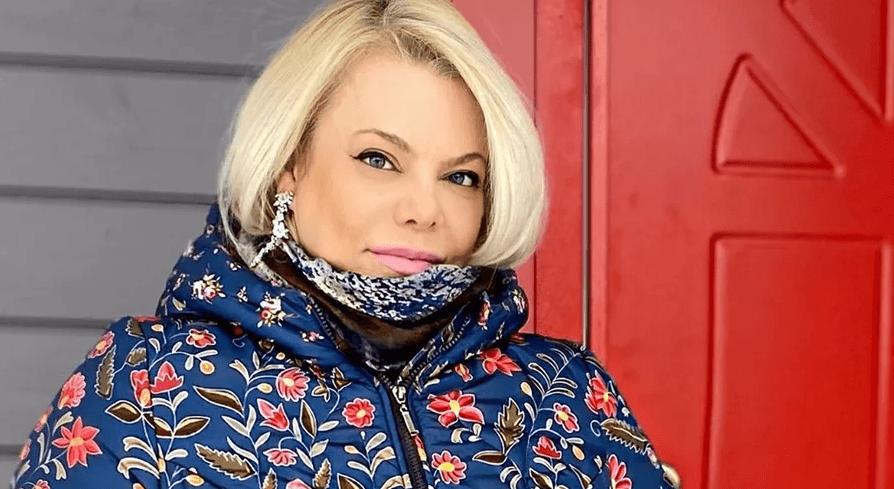 Яна Поплавская показала забавное фото мужа и пользователи решили, что он красавчик!