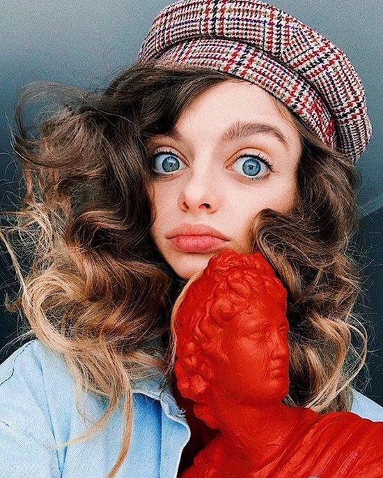 Эти девушки из социальных сетей хотят быть похожими на живых кукол