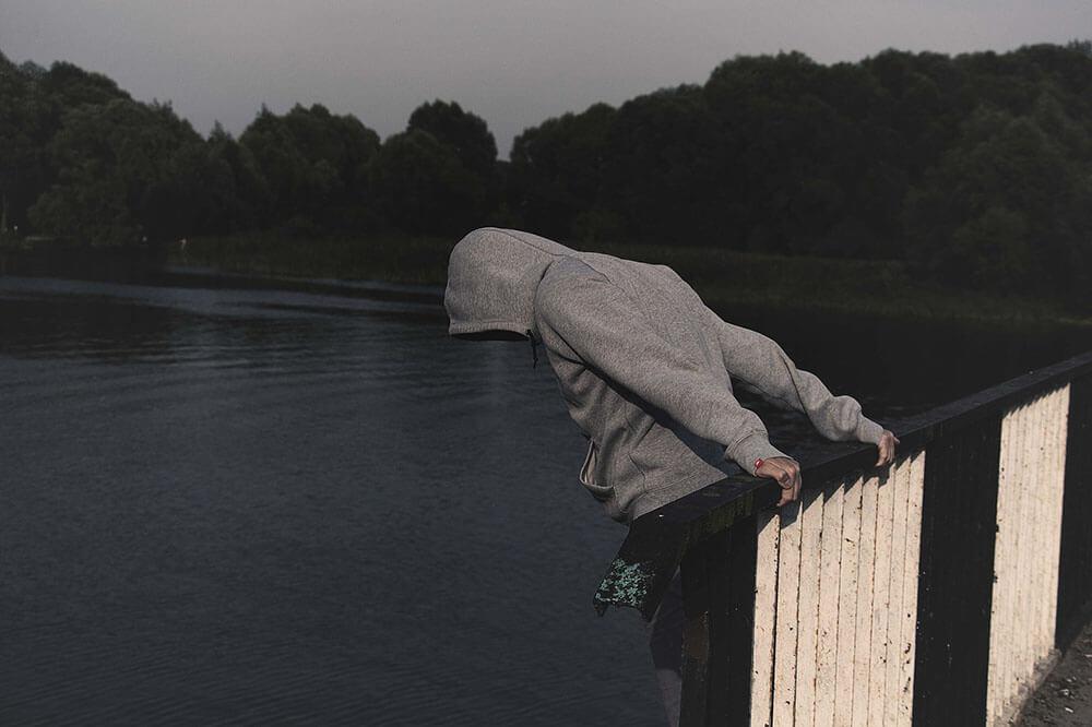 Подросток и самоубийство. Что должны знать и делать взрослые