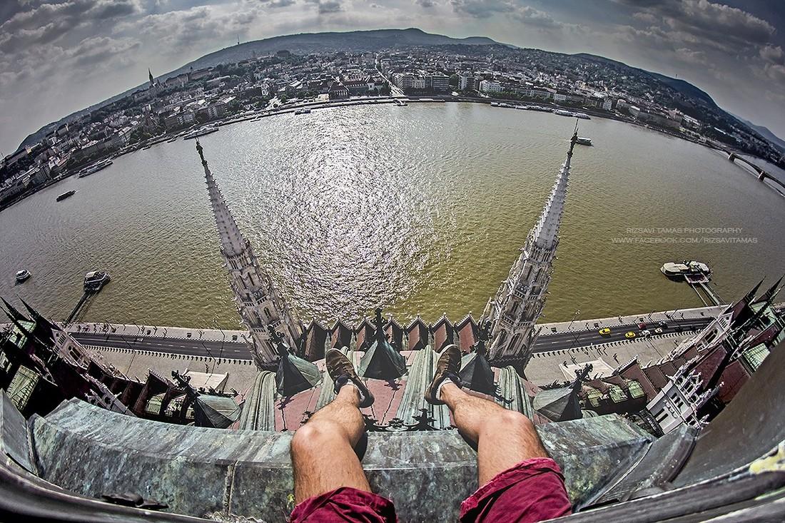 Будапешт глазами руфера Рицави, Будапешт, Тамаш, Тамаша, Дунаем, Туман, Фотографии, Дунай, фотографии, вокзала, Будапешта, Железнодорожный, работаю, водителем, поезда, Сеченьи, Цепной, вокзал, помощью, поделиться