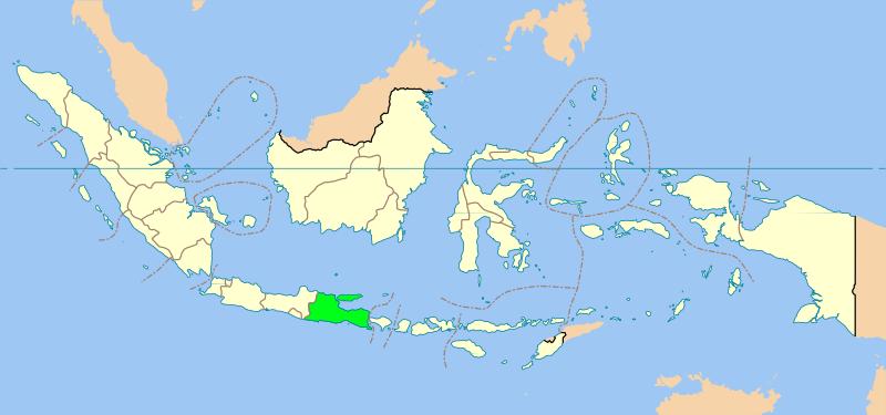 Иджен: Вулканическая серная шахта в Индонезии будет, можно, работают, здесь, каждый, около, спускают, куски, Затем, которую, нужно, шахтеры, часто, вулкана, когда, добыть, видение, страдают, выглядит, озера