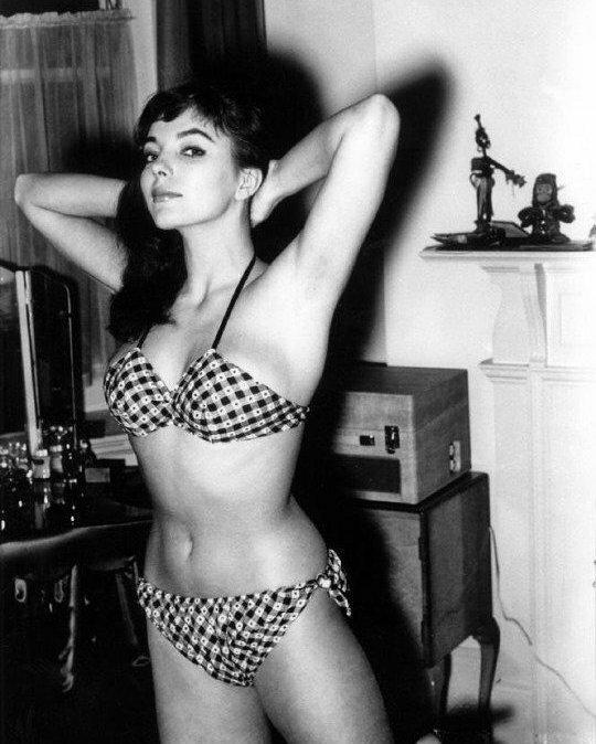 Джоан Коллинз, 1950-е знаменитости, исторические фотографии, история, редкие фотографии, фото