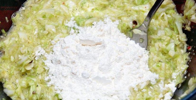 Полкочана капусты в холодиль…
