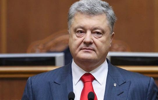 """Порошенко приказал открывать огонь в Донбассе """"для сохранения жизни людей"""""""