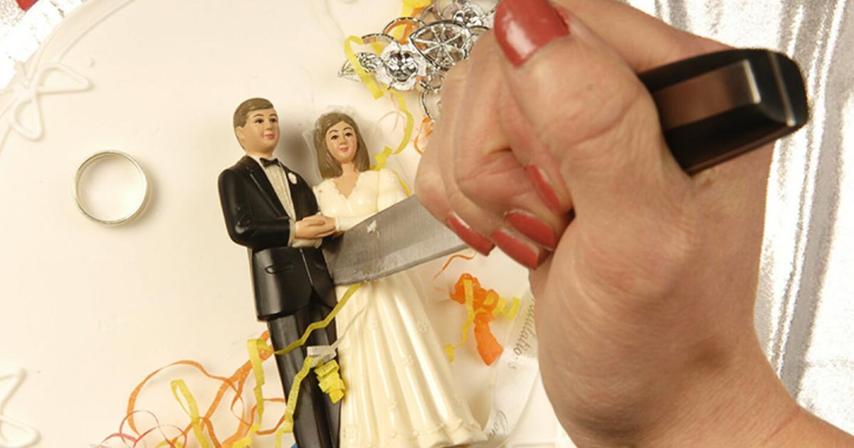 Трах сиськастыми развод жена толстуха толстую