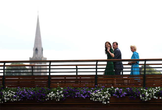 Королевское трио: Меган Марк и сестры Миддлтон на финале Уимблдона Монархи,Британские монархи