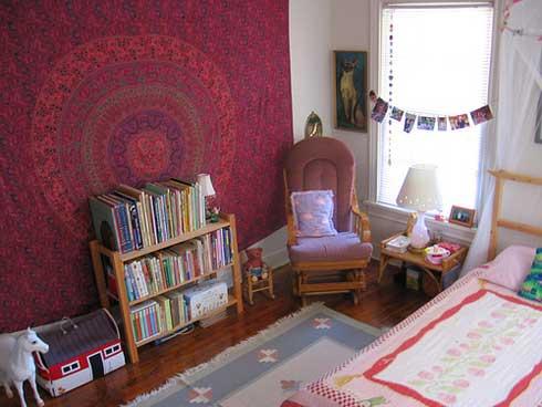 Яркое цветовое решение как способ сделать из обычной комнаты классную детскую