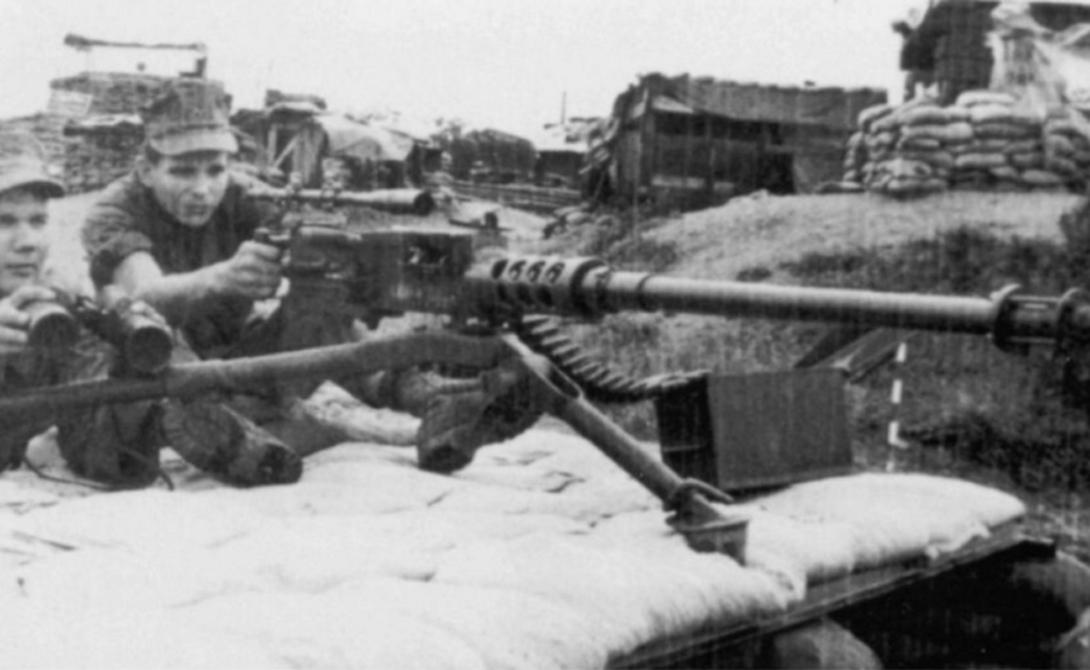 7 дальнобойных снайперских выстрелов Карлос, Рейнольдс, расстоянии, Работа, артиллерийский, метраВ, ХэтчкокДистанция, километровКарлос, около, группировки, повстанцев, «снимал», солдат, нескольких, течение, результативности, удивительной, добился, засекречено, бойца