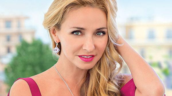 Татьяна Навка посадила свяще…