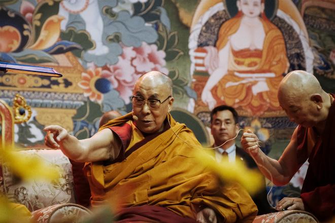 Далай-Лама раскрыл тайну о том как перестать волноваться и начать жить хорошо