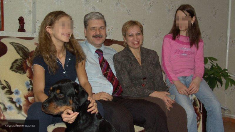 Сайт трагически погибшего петербургского депутата атаковали уральские путаны