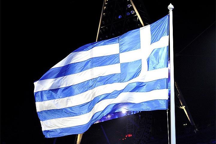 Еврогруппа договорилась завершить программу помощи Греции