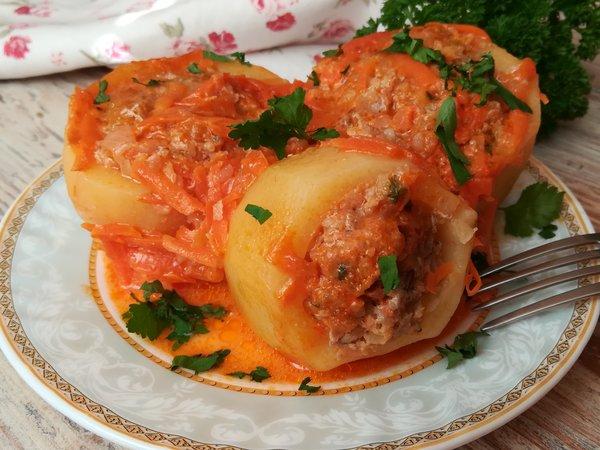 """Картофельные """"бочонки"""" с фаршем"""