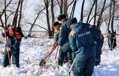 Спасатели расширили зону поиска в районе крушения Ан-148