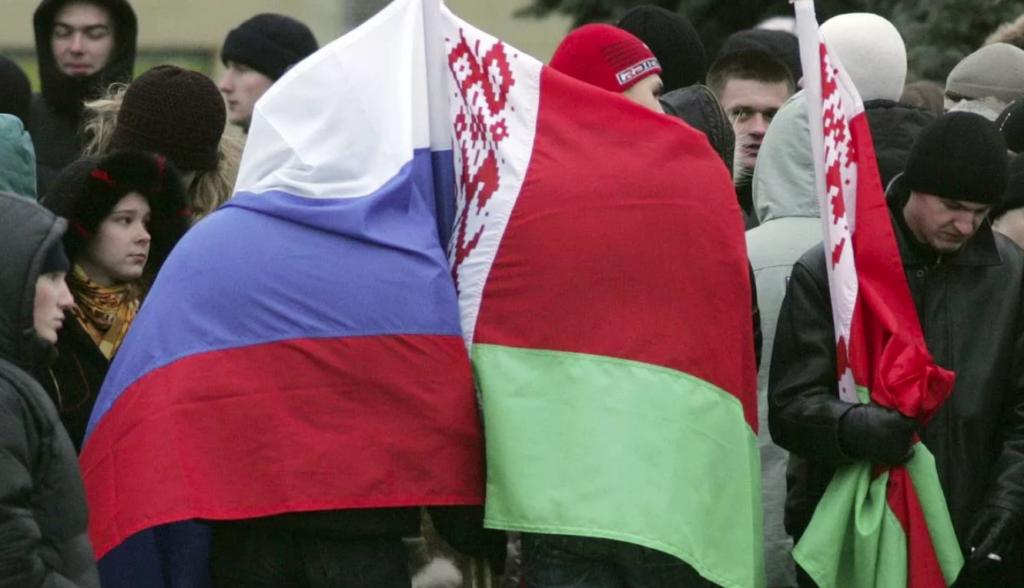 Запад превратит Россию в «филиал ада на Земле» для Белоруссии