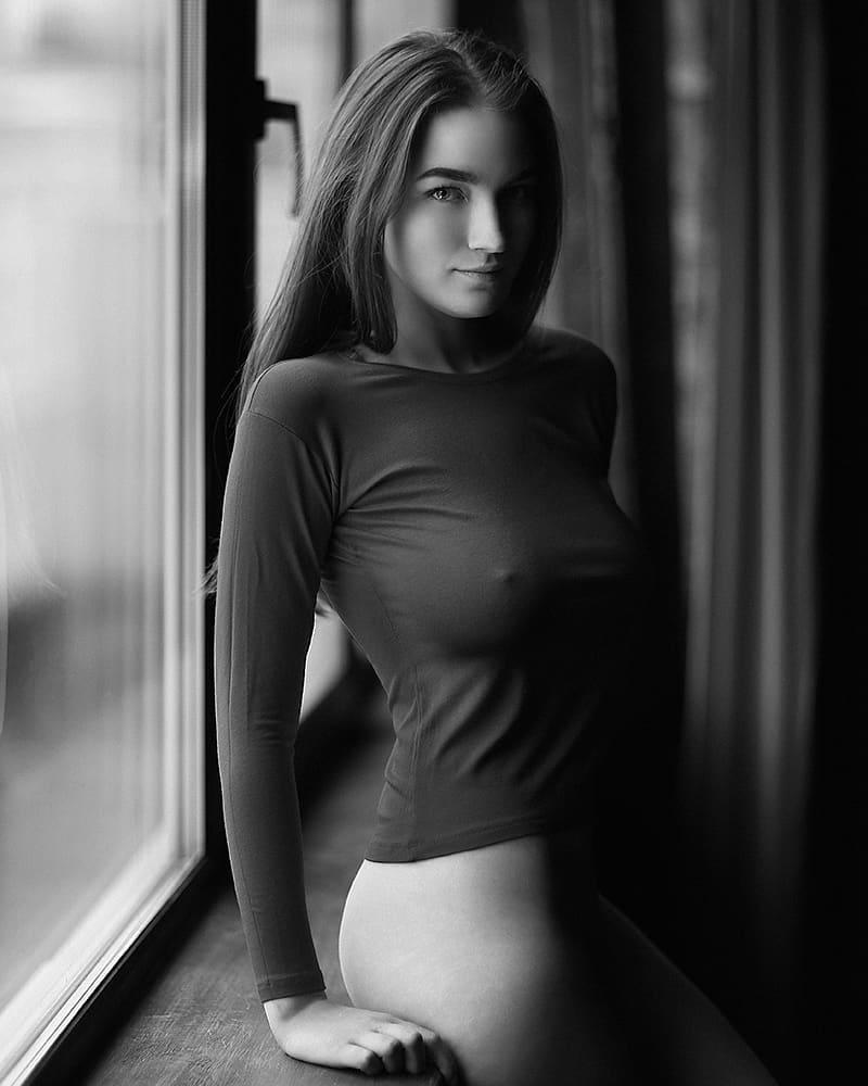 foto-ogolyayushihsya-devushek-devushki