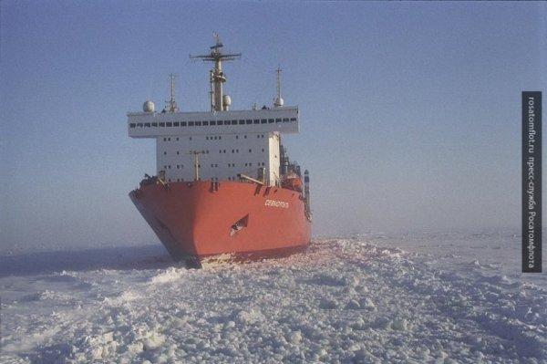 Гигантские контейнеровозы на…