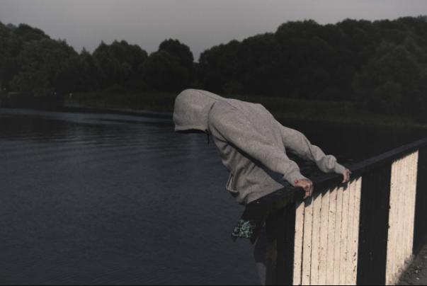 Подросток и самоубийство. Что должны знать и делать взрослые воспитание детей,дети,общество,родители