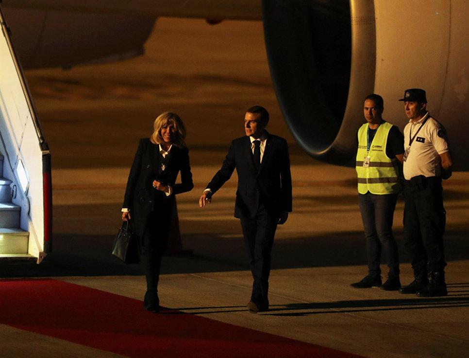 Президент Франции остался од…