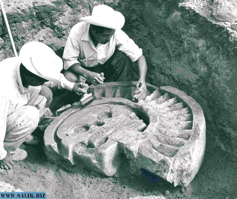 Ацтекский артефакт.