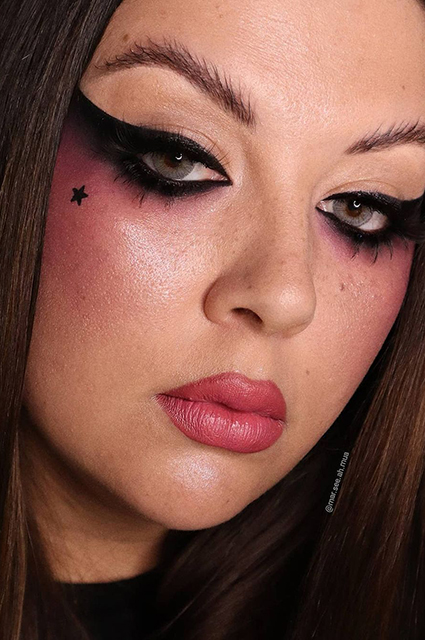"""В тиктоке и инстаграме полюбили макияж """"глаза Бардо"""": что это такое и как повторить bardoteyes,editorialmakeup,extremeliner,fyp,grungemakeup,makeuptrend,smallmua,underatedmua,undiscoveredmua,viralmakeup,Новости красоты"""