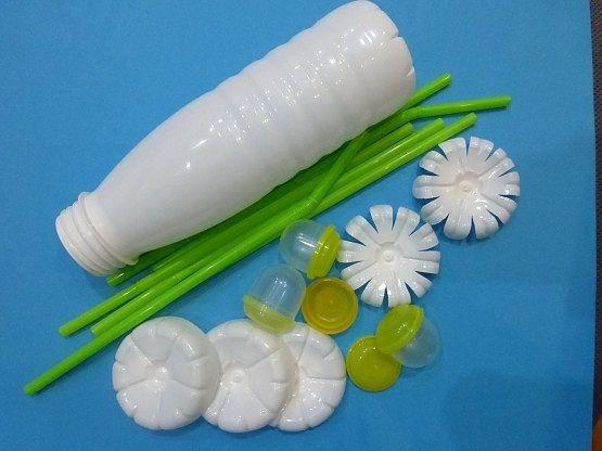 Ромашки из пластиковой бутылки