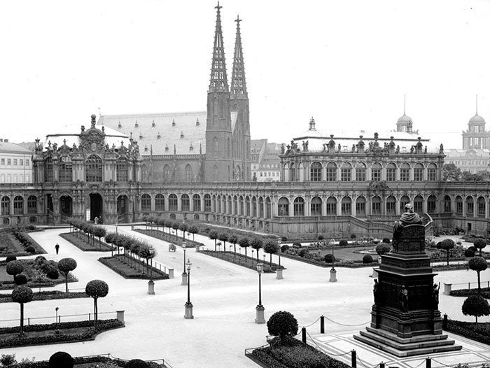Архитектурный комплекс Цвингер, Дрезден, Германия ХХ век, винтаж, восстановленные фотографии, европа, кусочки истории, путешествия, старые снимки, фото